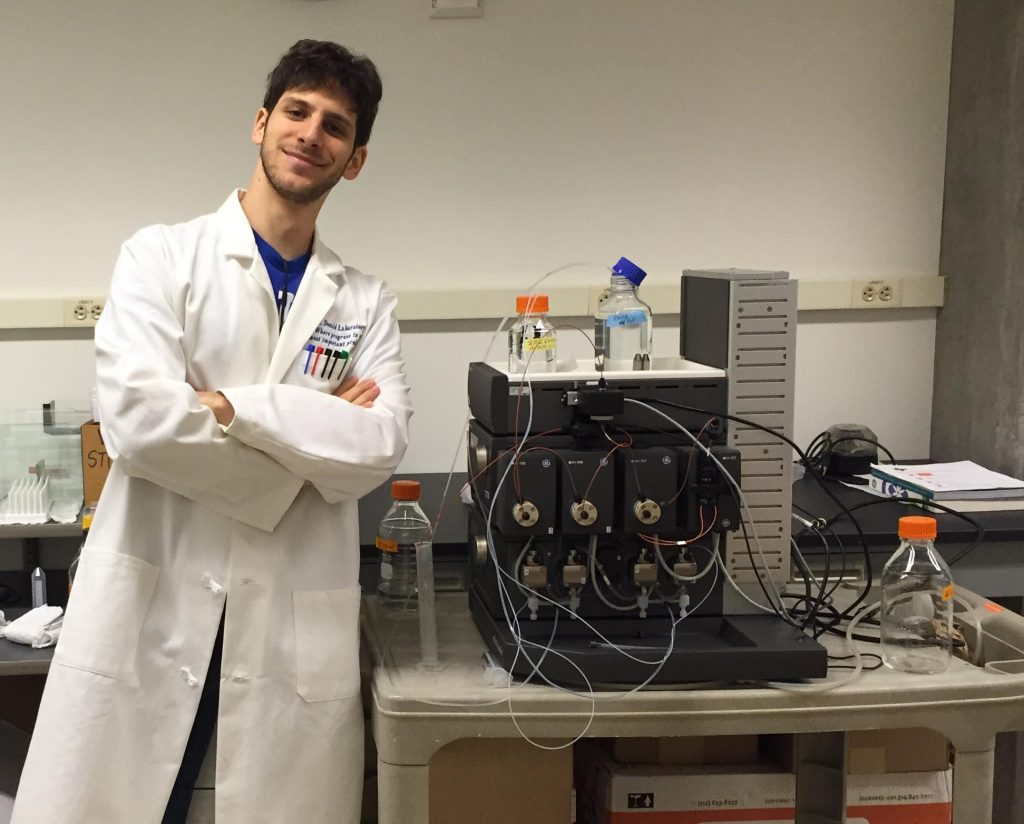 Marcel Frenkel is a PhD student in the Donald Lab and one of the founders of Gavilán Biodesign.